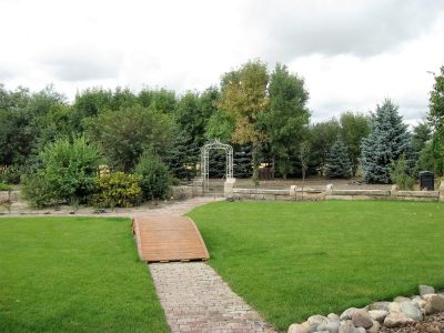 Brandon Manitoba Outdoor Wedding Venue